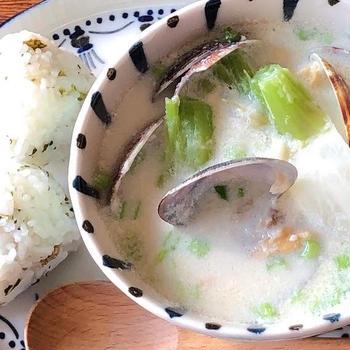 蕪の豆乳クラムチャウダー