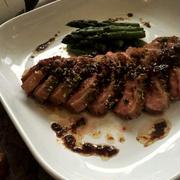 鴨肉のロースト ピリッと鴨肉と山椒のソースで~♪