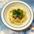 カレー風味の肉団子スパゲティ