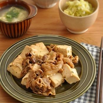 下味肉があれば!豆腐と炒めるだけですぐできる中華風肉豆腐献立。