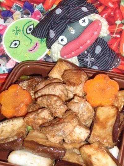 鶏肉と茄子のXO醤炒め&水菜とカニかまの塩麹ヴィネガーサラダ(お家カフェ)