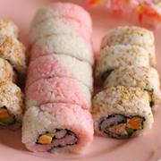 華やかアレンジでひな祭りにも巻き寿司を!