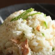 みんな大好き☆炊くだけ簡単!塩鮭の炊き込みご飯