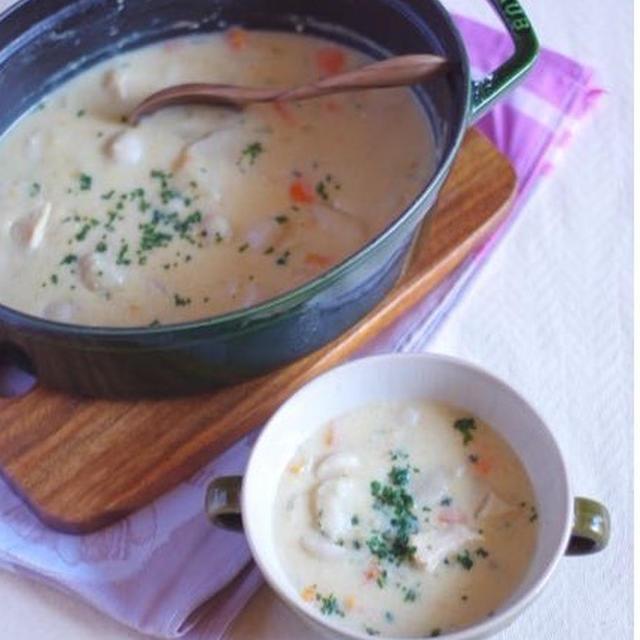 チキンと里芋の味噌シチュー(ルゥは使わないレシピ)。成長したお弁当。