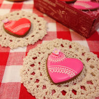 バレンタインアイシングミントココアクッキー   Sugar cocoa cookie icing with peppermint for Valentine's Day -Recipe No.1500-