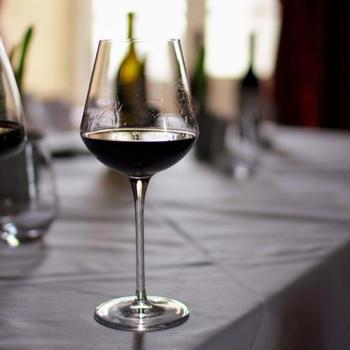 お知らせ : パリ・マドレーヌ広場のレストラン「ルカ・カルトン」でワインディナー!