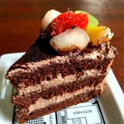 【絶対に膨らむ!失敗しない】ココアスポンジケーキ(別立て法で)*工程写真付き