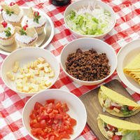 クリスマスキャンプdeパーティー♪♪トマトバジルタコス&鶏肉とキャベツのローズマリートマトスープ