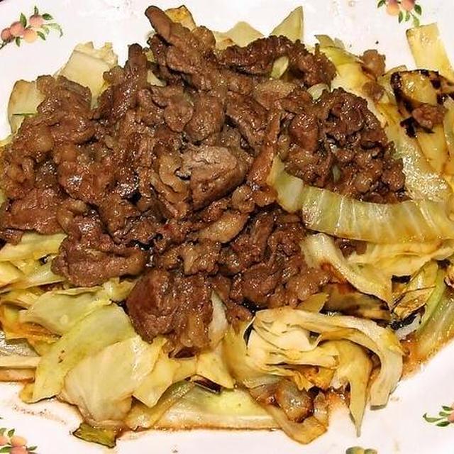 焼きキャベツの牛肉の炒り煮のせ&鱈のキムチ煮