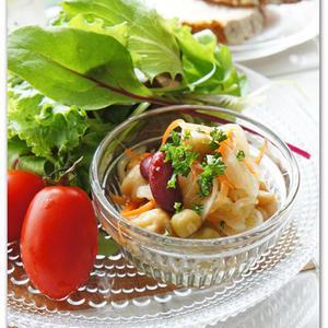 「酢玉ねぎ」を美味しく消費するコツは「サラダにちょい足し」!