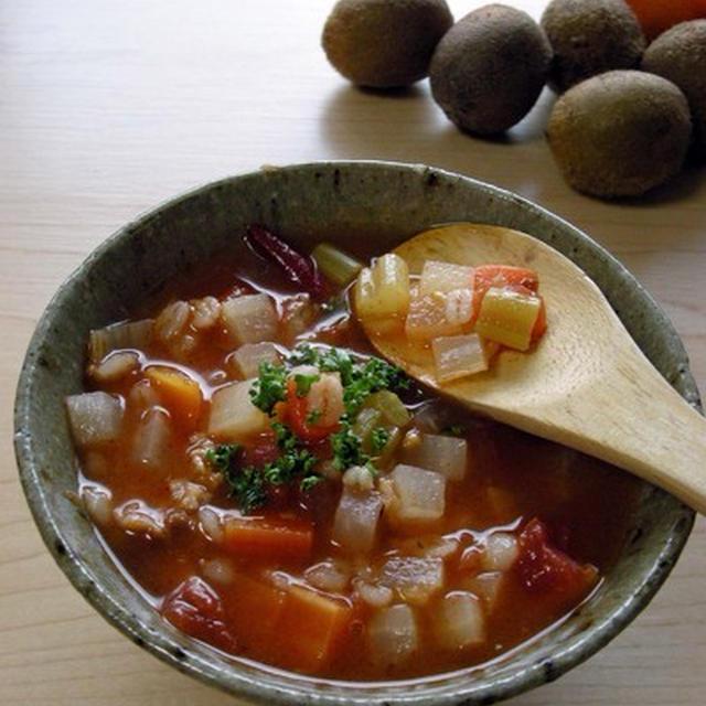 干し野菜と押し麦のミネストローネ