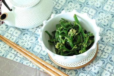 菜の花(青菜)で作る簡単、黒ゴマ・ピーナッツ和え。