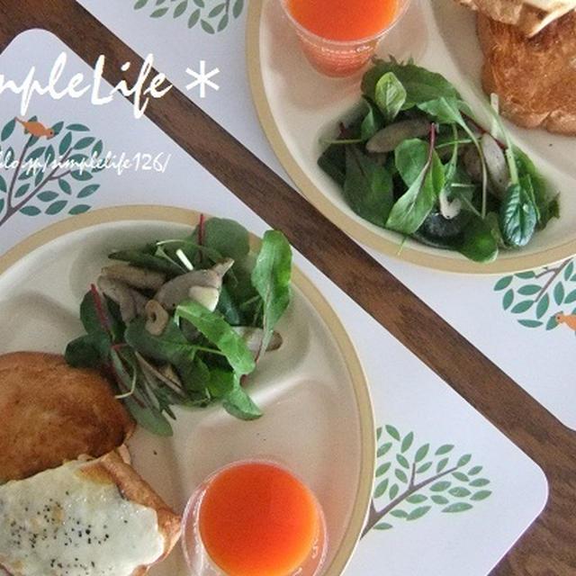 今朝の朝ご飯☆は、焦げトースト