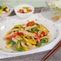 パプリカ・ピーマンでカラフル♪豚肉のチンジャオロースー・塩麹豆腐のカプレーゼ風等。。の晩御飯♪ by strawberry-macaronさん