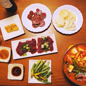【銀座 銀座熊本館】馬刺しにお豆腐の味噌漬けの熊本グルメの晩ごはんに、おにぎりと和風グリルチキンのお昼ごはん