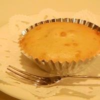 カロリー控えめ♪チーズ風味のカシス入りプチケーキ☆☆