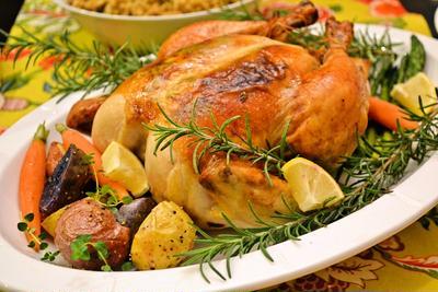 クリスマスはローストチキンを手作り♪定番・簡単レシピからリメイクレシピまとめ