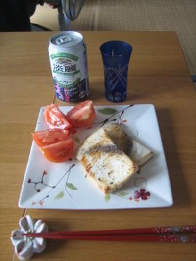メカジキのオリーブオイル漬け焼き(ハーブ味)