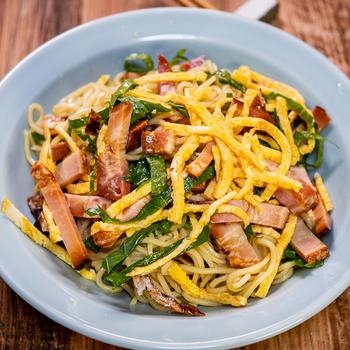 切って混ぜるだけなのでお昼ごはんにも「混ぜ混ぜ冷やし中華」&「いつもの市場のお惣菜」