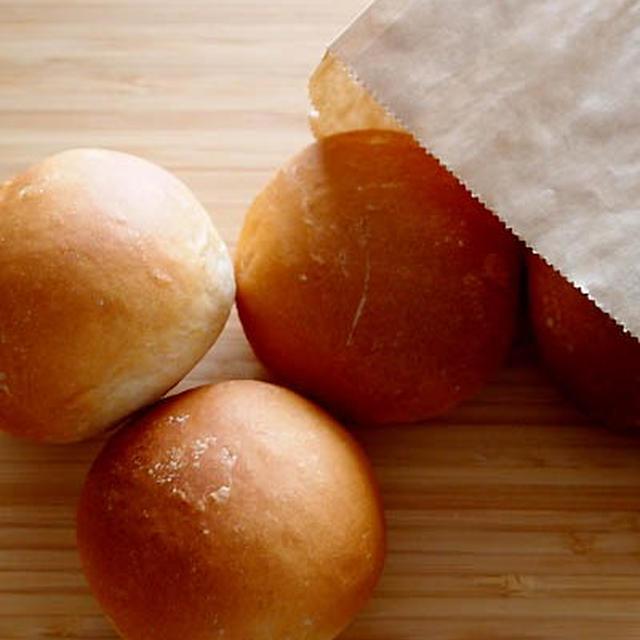 ふっくら強力粉ゴールデンヨットで玄米粉パンにゃ♪