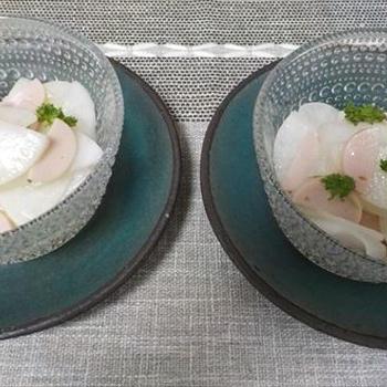大根と魚肉ソーセージのマリネサラダ