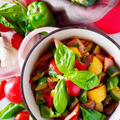 【ひと鍋で簡単】ビタミンたっぷり夏野菜の万能簡単ラタトゥイユ