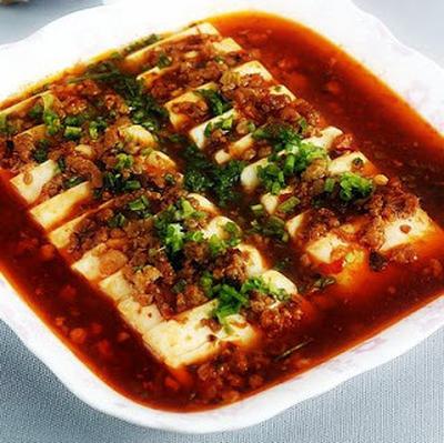 豆瓣蒸豆腐│蒸し豆腐の豆板醤ソースかけ