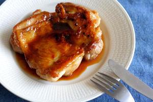 ■照り焼きチキン<br><br>すき焼きのたれを使った簡単料理です。料理をする気力がないときによく作...