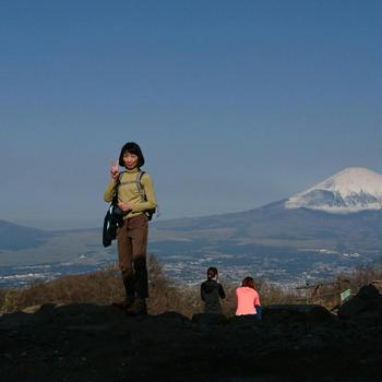 富士山を眺めに金時山