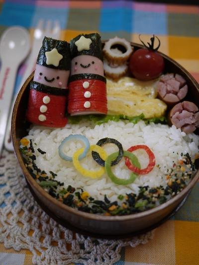 オリンピック応援弁当~【キャラ弁】魚肉で兵隊さん♪