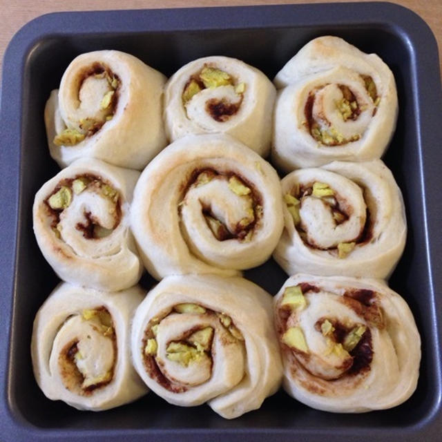 シナモンたっぷり★さつまいものちぎりパン(「おうちハロウィン」レシピモニター参加中)