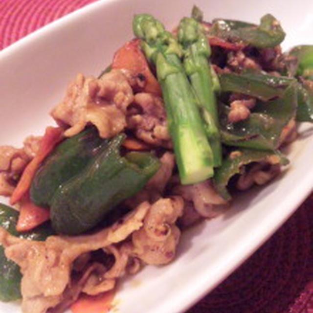 豚肉と野菜の塩麹カレー炒めと、本日の夕餉