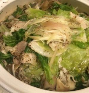 豚肉とレタスの蒸ししゃぶ鍋。