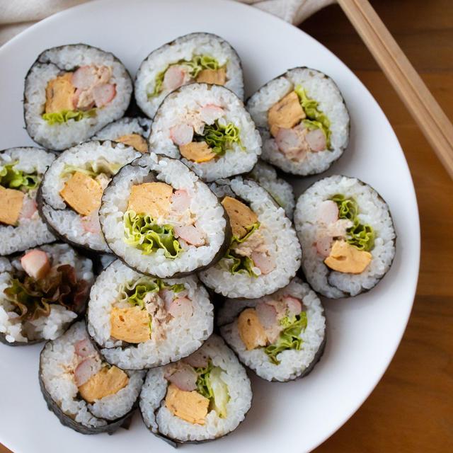【レシピ】パクパク食べれる!ツナマヨとカニカマのサラダ巻き