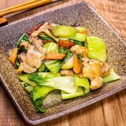 鶏肉と青梗菜の和風味な炒め物&「かめきちパパの毎日ごはん掲載日でした」