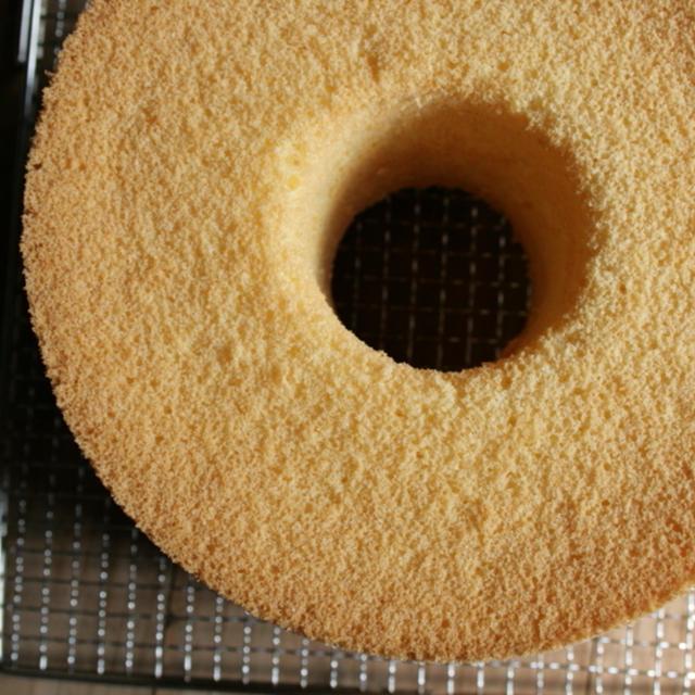 ずっと作り続けているシフォンケーキのレシピ