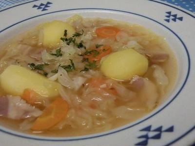 キャラウェイでさわやかさアップ~♪ うまうま野菜スープ