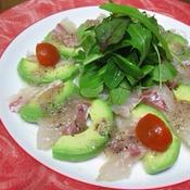 鯛とアボカドの梅カルパッチョ