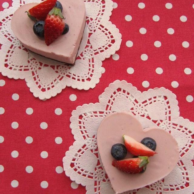 3種のベリーのレアチーズケーキ