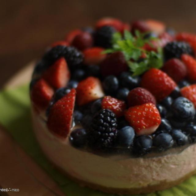 berry*berry*レアチーズケーキ。