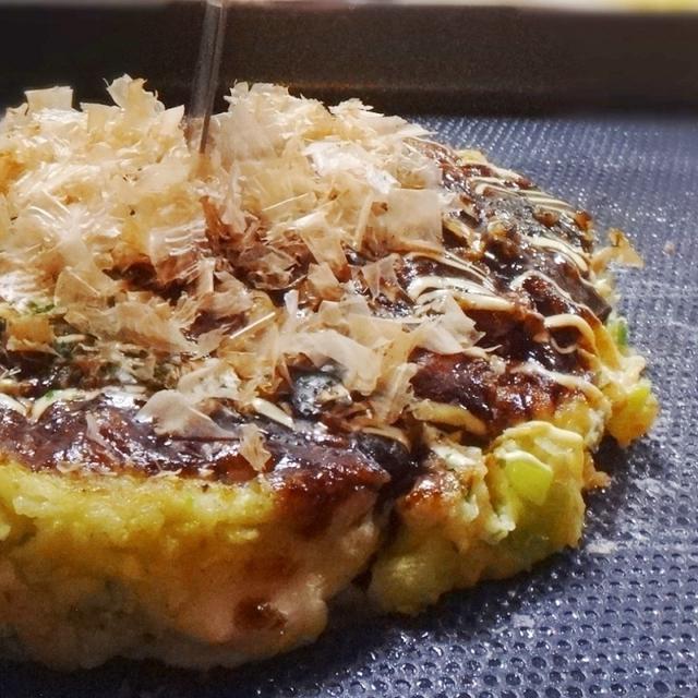 5. パリパリの食感♪ 素麺のお好み焼き
