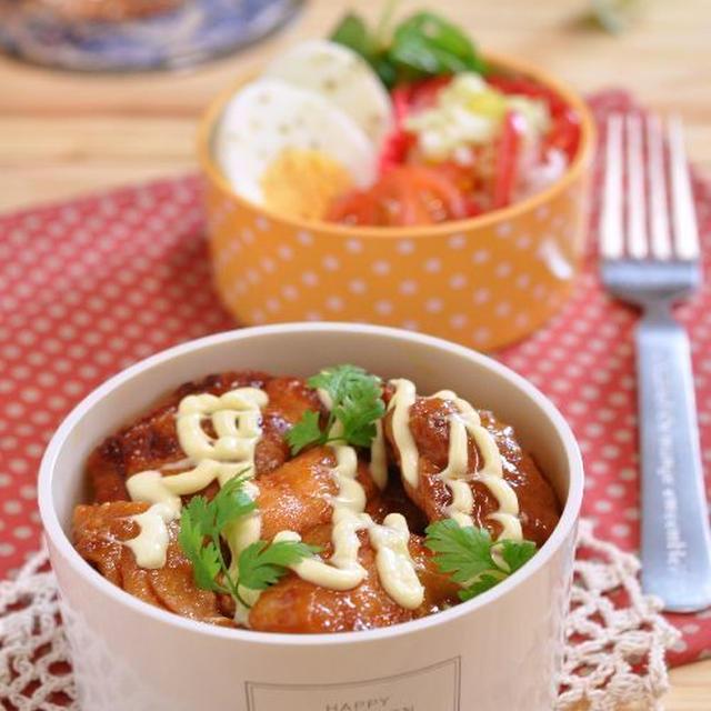 ハチコチュチキン丼で、簡単にできるお弁当!