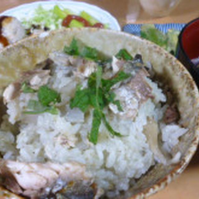 「秋刀魚ときのこの炊き込みご飯」や「鯖のみそ煮からモチモチコロッケ」