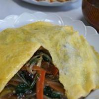 麻婆豆腐にあう副菜 「たまごのお帽子ののっかった野菜炒め」「ちりめんととろろこぶと梅の簡単お吸い物」