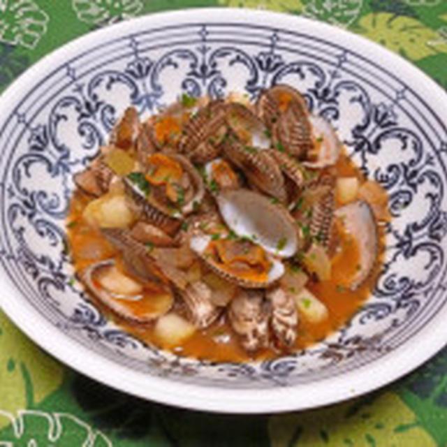 さるぼう貝のトマトスープ