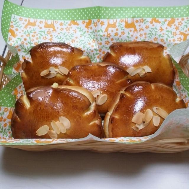 パン教室の風景【No.92 カスタードクリームパン】