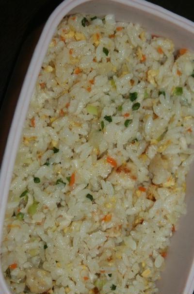 11月12日  炒飯&野菜たっぷり鶏蓮根団子の スープ
