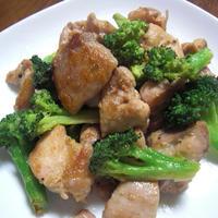 簡単! フライパンひとつで! 鶏肉とブロッコリーのマヨ焼き