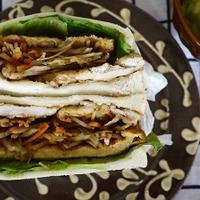 鶏胸肉のハニーマスタード~和風サンド