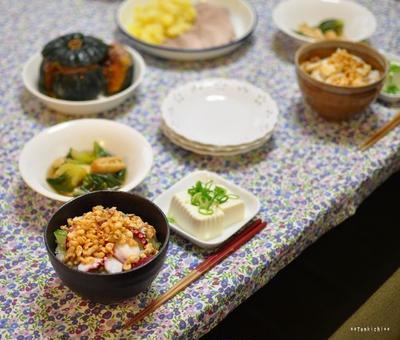 タコ丼(半夏生リベンジ)と青梗菜の煮浸し、メイさんの優しい目